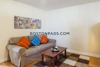 somerville-amazing-renovated-3-bed-1-bath-unit-in-a-prime-medford-location-magounball-square-3440-462063