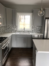 amazing-renovated-3-bed-25-bath-unit-in-a-prime-somerville-location-somerville-magounball-square-3400-465642