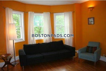 3-beds-2-baths-somerville-magounball-square-3600-467041