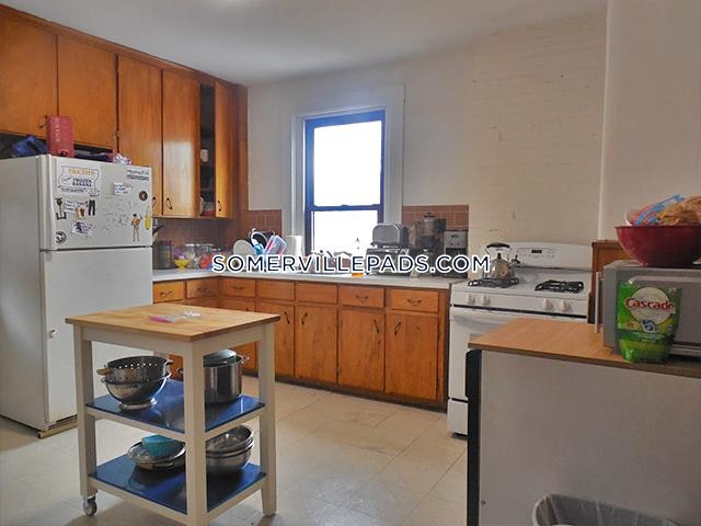 3-beds-1-bath-somerville-porter-square-3475-448188