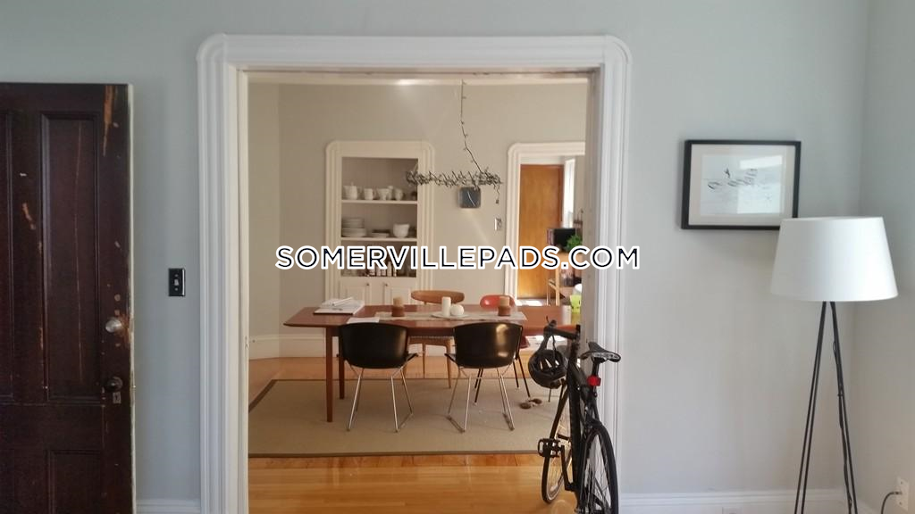 beautiful-3-beds-1-bath-somerville-porter-square-2800-450958