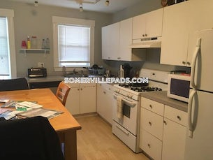 somerville-deal-alert-spacious-3-bed-1-bath-apartment-in-steeves-ct-porter-square-3250-594688