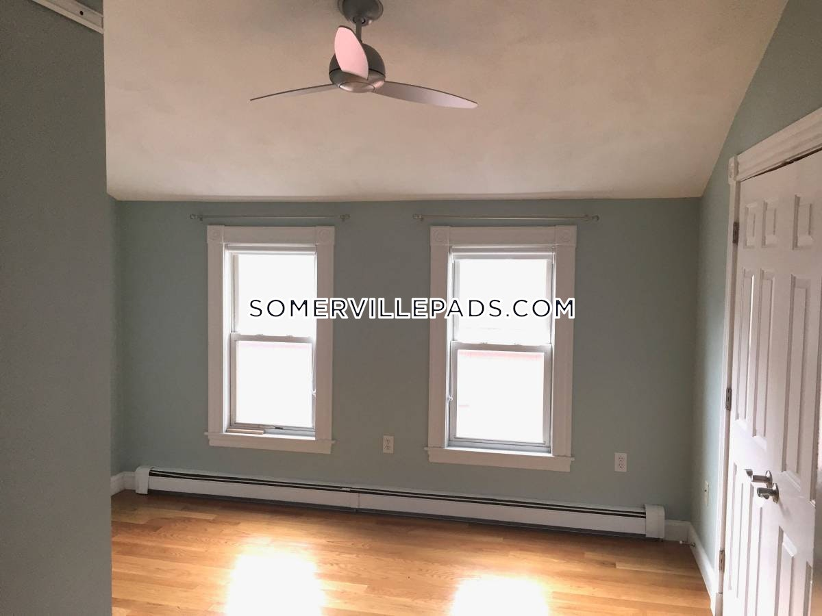 4-beds-25-baths-somerville-porter-square-4000-457620