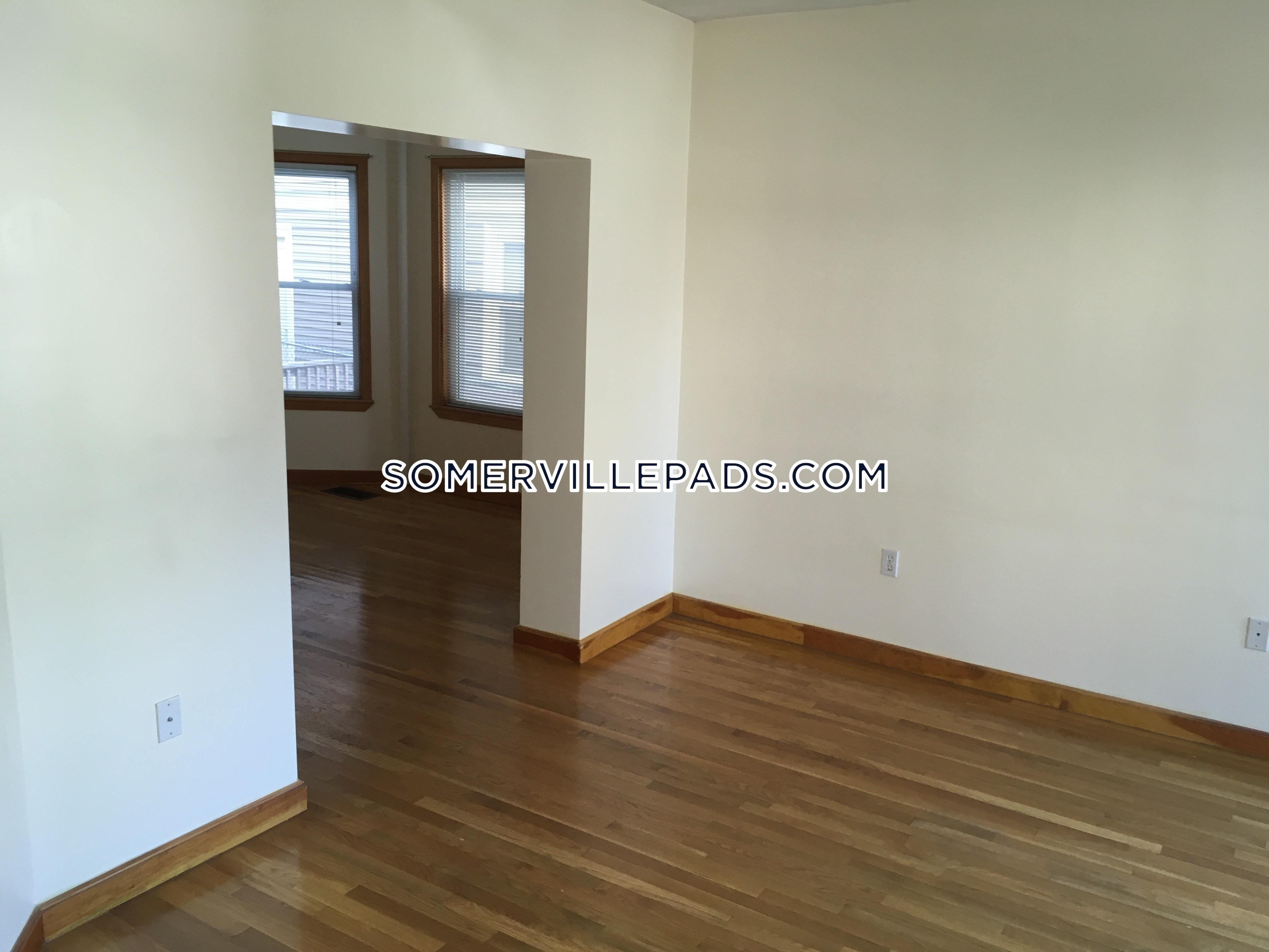 3-beds-1-bath-somerville-porter-square-3450-388545