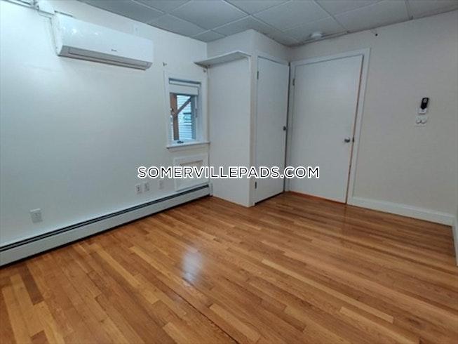 Somerville - $3,900 /mo