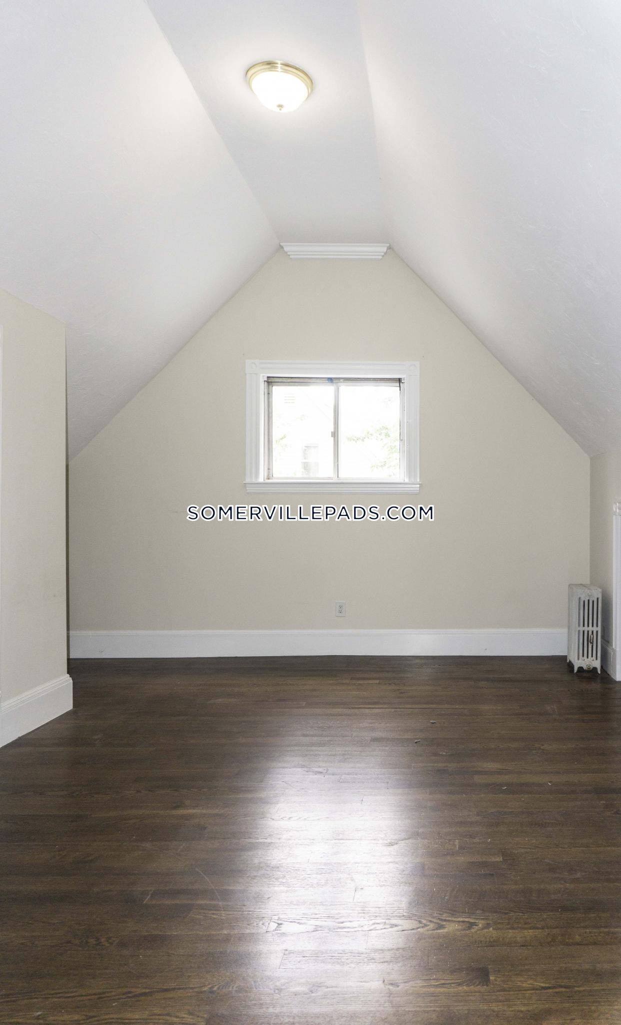 4-beds-1-bath-somerville-spring-hill-3900-450509