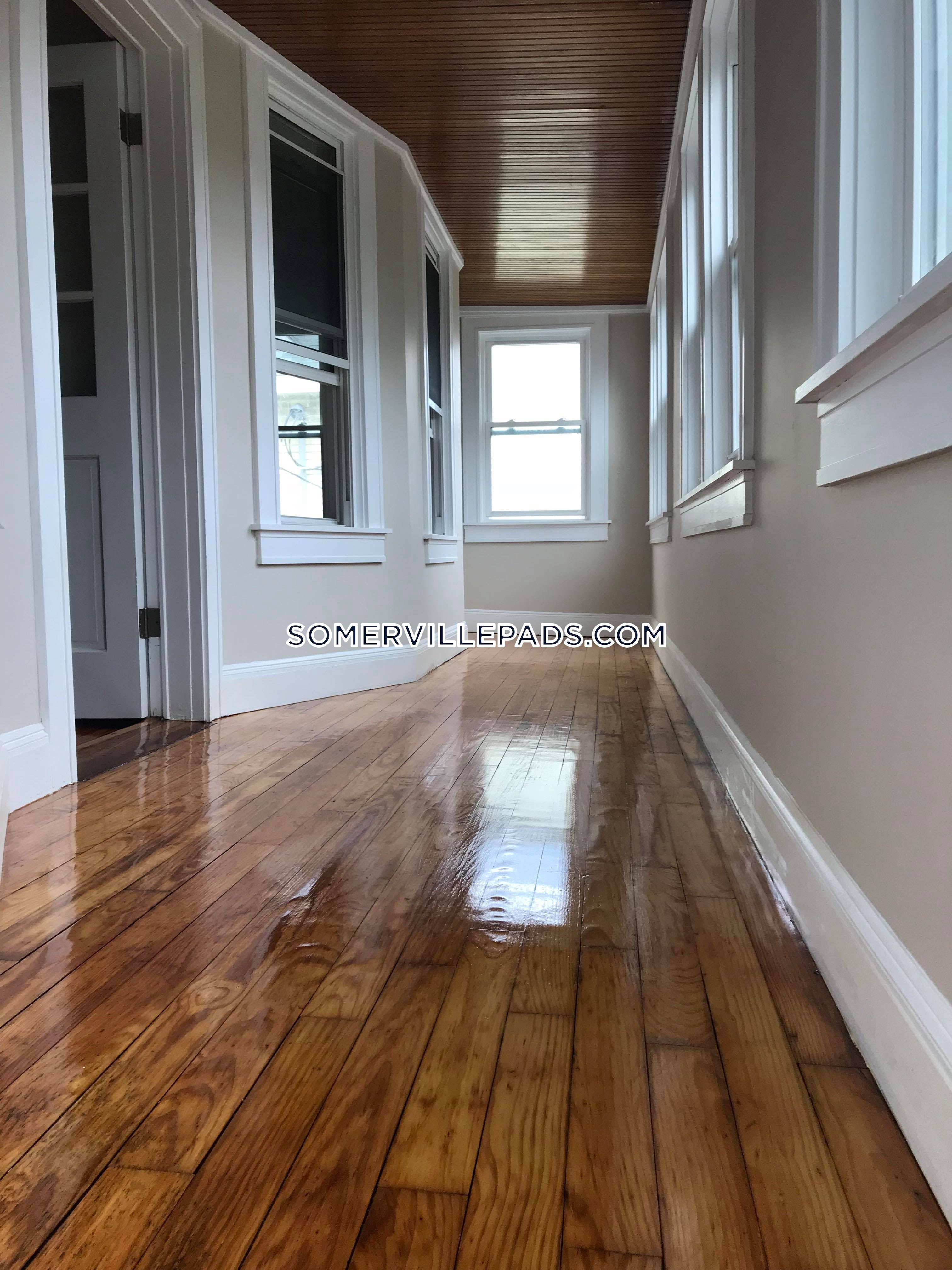 1-bed-1-bath-somerville-tufts-2850-445916