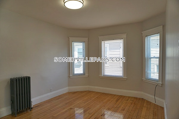 4-beds-1-bath-somerville-tufts-3250-450522