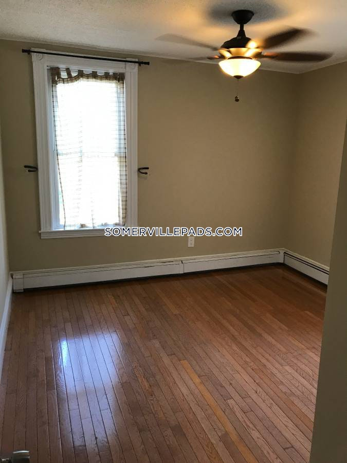 3-beds-1-bath-somerville-east-somerville-2700-422819