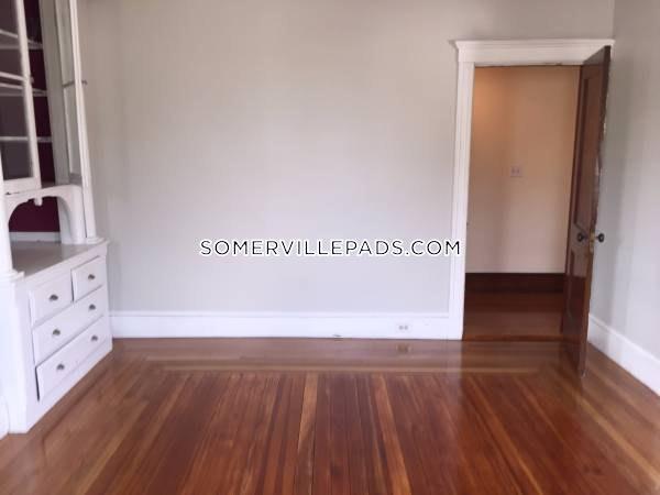 3-beds-1-bath-somerville-winter-hill-2550-386984