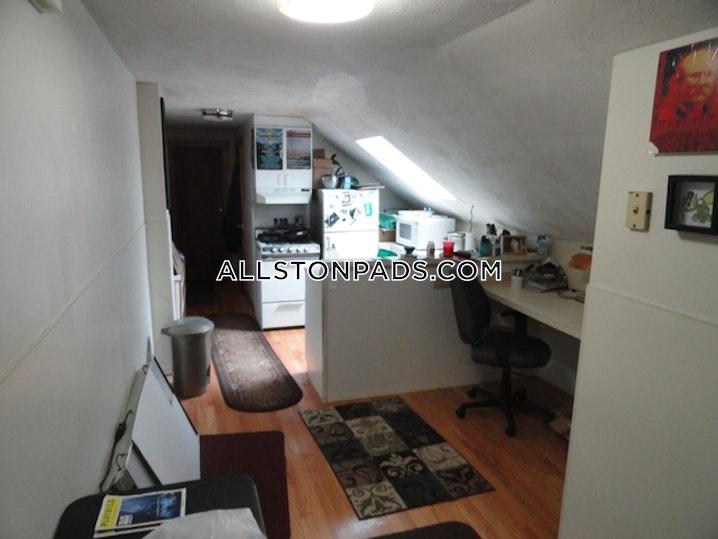 Boston - Allston - 1 Bed, 1 Bath - $1,600