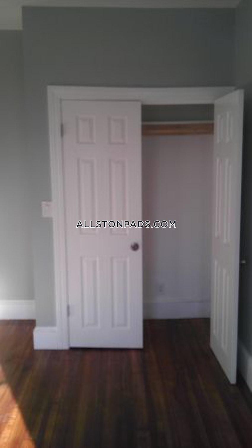 BOSTON - ALLSTON - 3 Beds, 2 Baths - Image 4