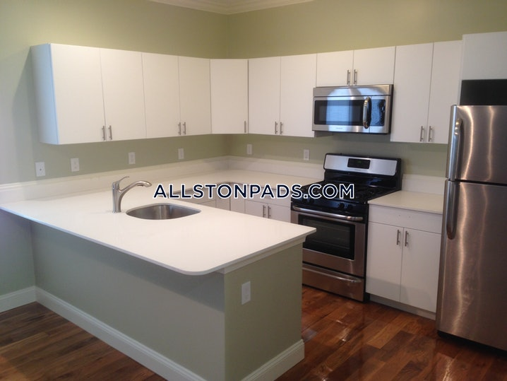 Boston - Allston - 5 Beds, 2 Baths - $5,000