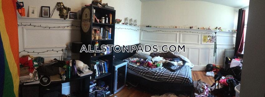 BOSTON - ALLSTON - 4 Beds, 1 Bath - Image 8