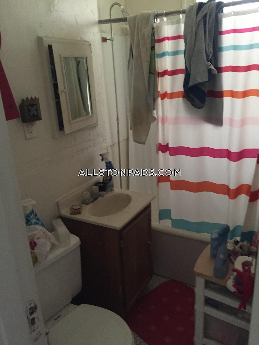 BOSTON - ALLSTON - 1 Bed, 1 Bath - Image 15