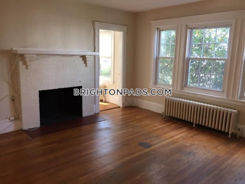 7 Bed Apartment For 5 200 Mo In Boston Brighton