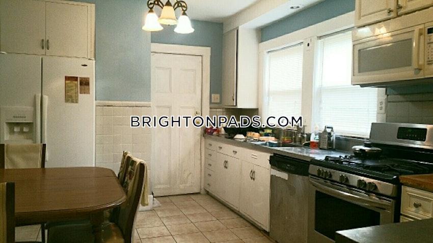 NEWTON - CHESTNUT HILL - 4 Beds, 2 Baths - Image 5