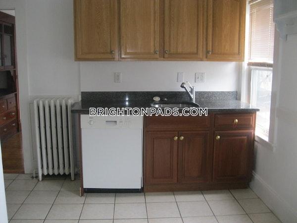 Brighton Apartment for rent 3 Bedrooms 1 Bath Boston - $2,625