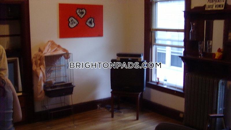 Brighton Sunny and Spacious!  Boston - $4,050