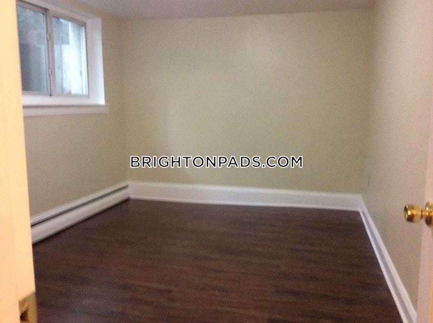 BOSTON - BRIGHTON - BOSTON COLLEGE - 3 Beds, 1 Bath - Image 7