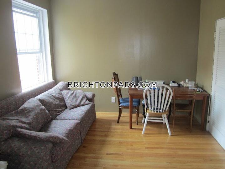 Boston - Brighton - Cleveland Circle - 4 Beds, 1 Bath - $3,637