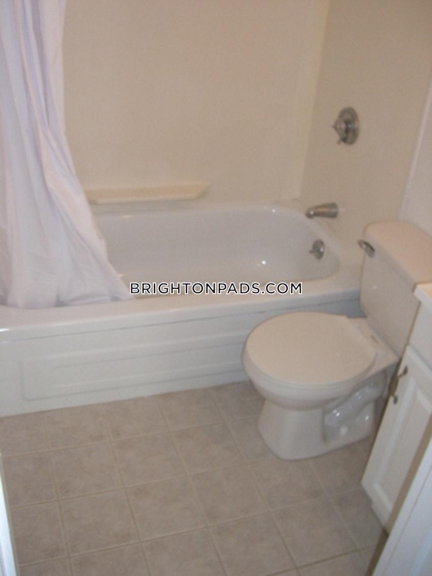 BOSTON - BRIGHTON - CLEVELAND CIRCLE - 2 Beds, 1 Bath - Image 2
