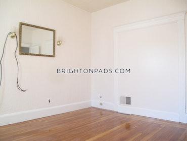 North Brighton - Brighton, Boston, MA - 3 Beds, 1 Bath - $2,400 - ID#3822530