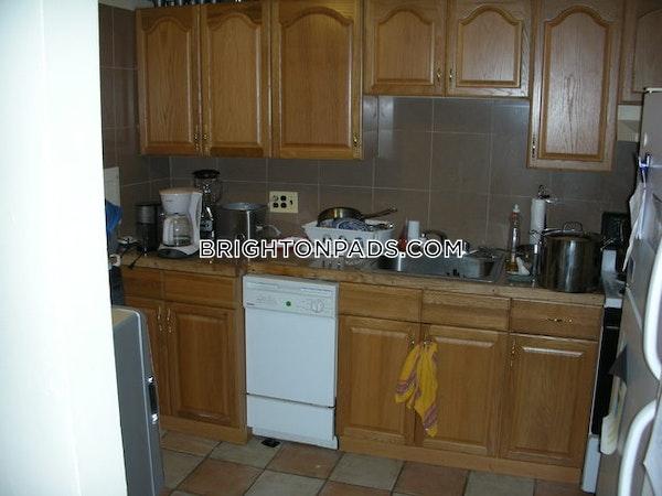 Brighton Apartment for rent 2 Bedrooms 1 Bath Boston - $1,950