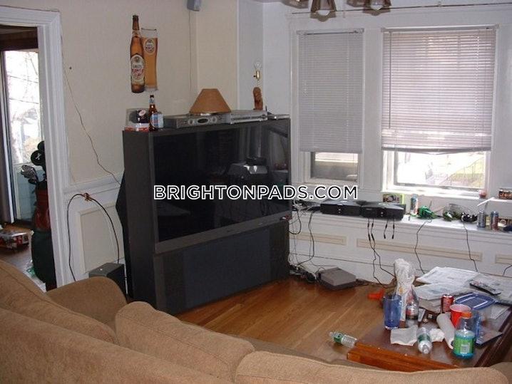 Boston - Brighton - Oak Square - 4 Beds, 1 Bath - $2,400