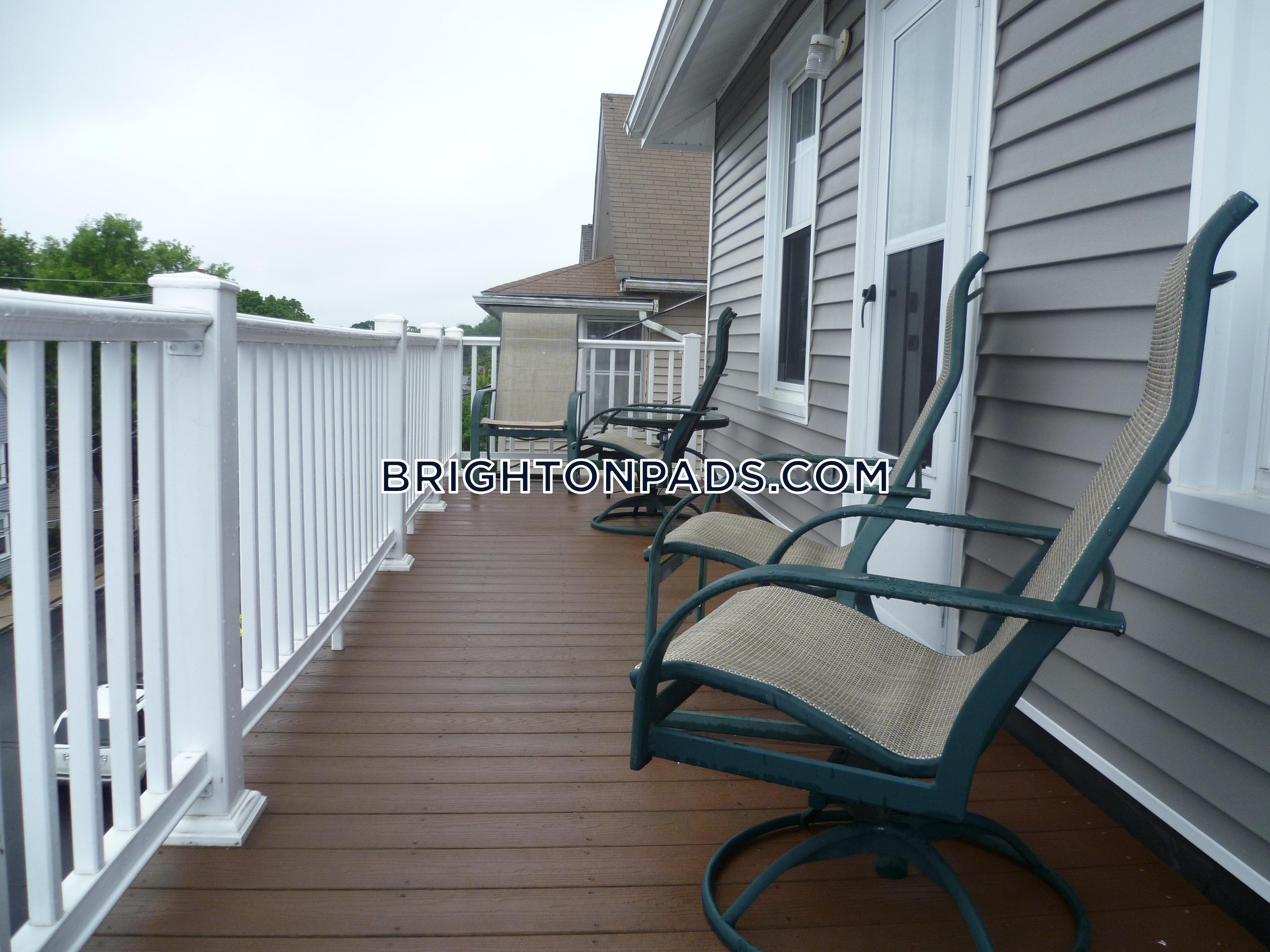 3 Bed Apartment for $2,900/mo in BOSTON - BRIGHTON - OAK