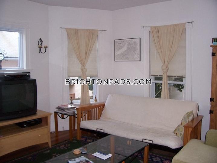 BOSTON - BRIGHTON - OAK SQUARE - 3 Beds, 1 Bath - Image 6