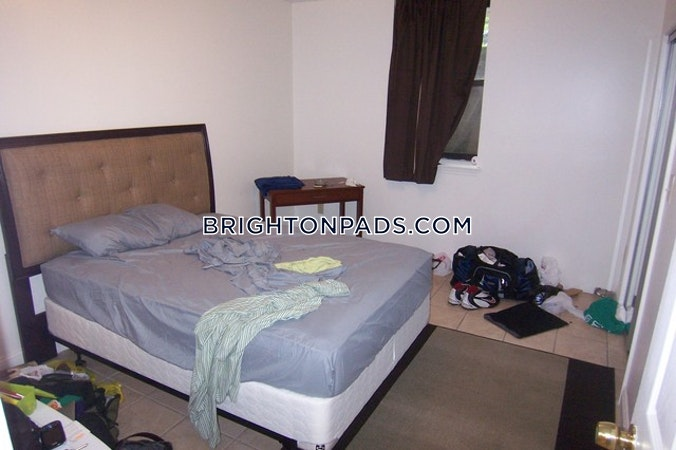 Brighton Apartment for rent 3 Bedrooms 2 Baths Boston - $2,600