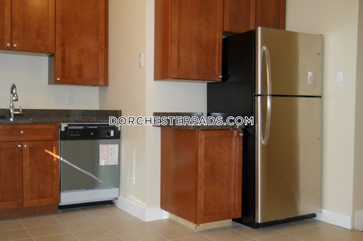 Boston - Dorchester - Blue Hill Avenue - 4 Beds, 1 Bath - $3,000