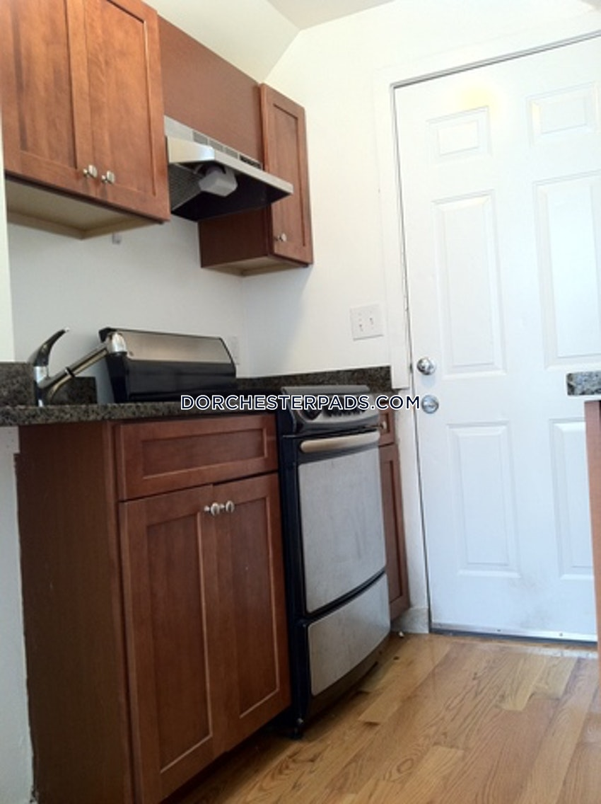 BOSTON - DORCHESTER - BLUE HILL AVENUE - 2 Beds, 1 Bath - Image 1