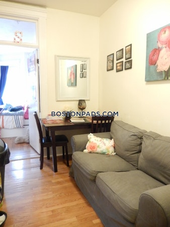 Fenway/kenmore Apartment for rent 2 Bedrooms 1 Bath Boston - $2,800