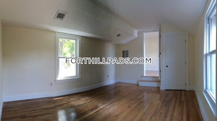 BOSTON - FORT HILL - 6 Beds, 4 Baths - Image 10