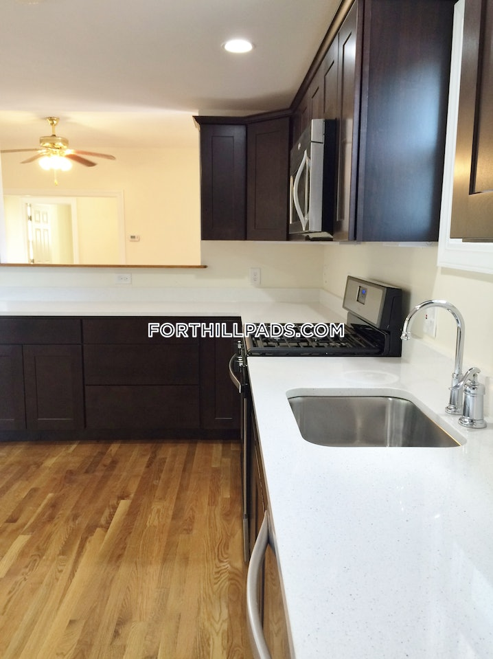 Boston - Fort Hill - 6 Beds, 4 Baths - $6,000