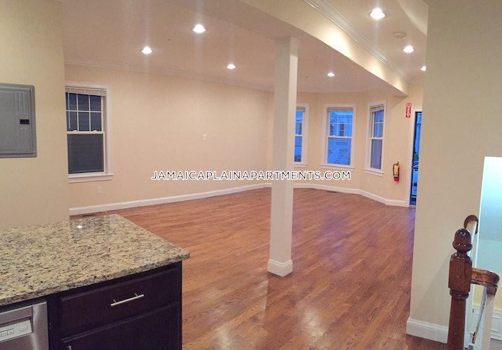 Boston - Jamaica Plain - Stony Brook - 5 Beds, 3 Baths - $4,500