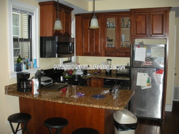 Mission Hill Apartment for rent 5 Bedrooms 2 Baths Boston - $4,600
