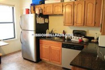 Mission Hill, Boston, MA - 2 Beds, 1 Bath - $3,900 - ID#3797146