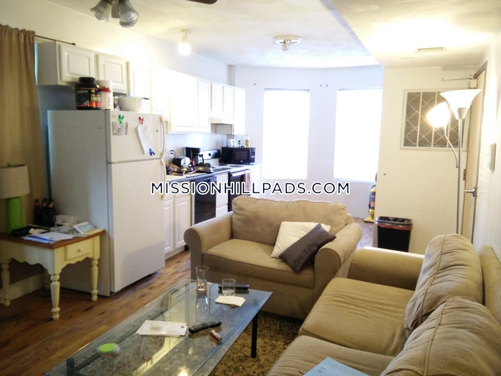 Boston - Mission Hill - 2 Beds, 1 Bath - $2,400