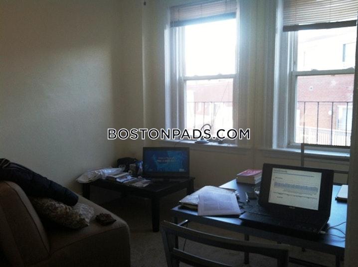 BOSTON - NORTH END - 1.5 Beds, 1 Bath - Image 1