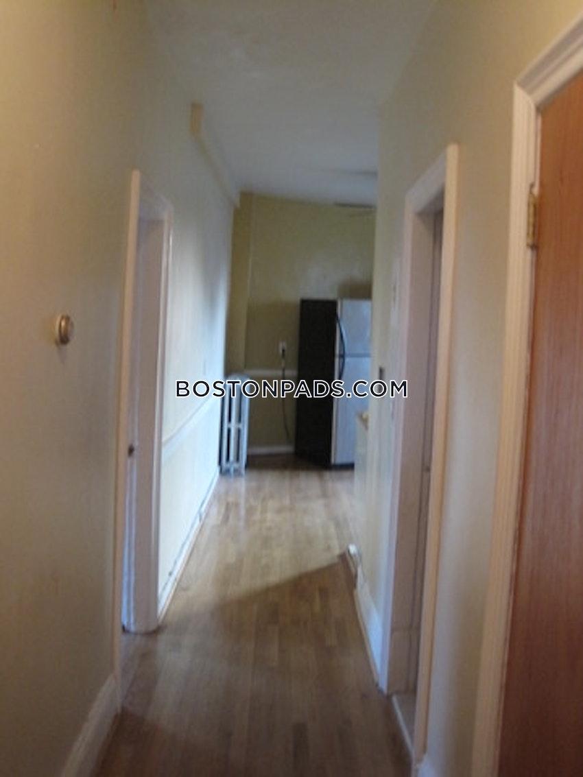 BOSTON - NORTHEASTERN/SYMPHONY - 3 Beds, 1 Bath - Image 5