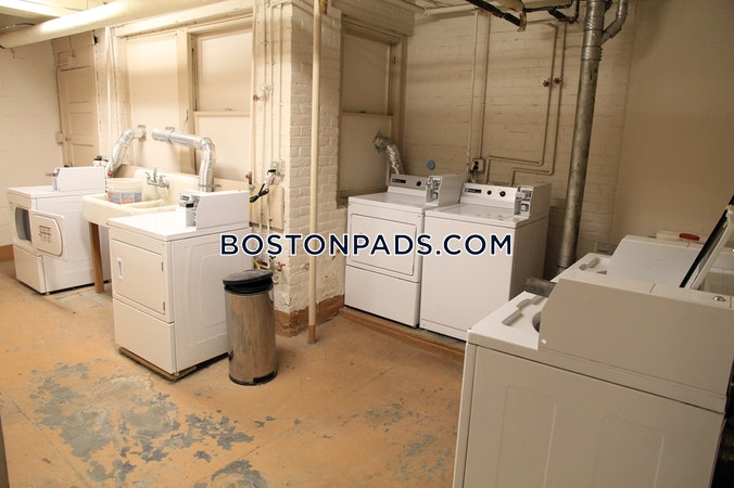 Northeastern/symphony Excellent Studio 1 Bath  Boston - $1,885