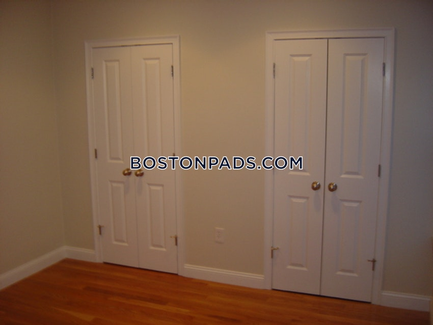 BOSTON - NORTHEASTERN/SYMPHONY - 5 Beds, 2 Baths - Image 8
