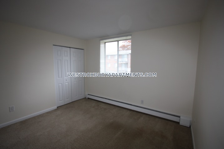 Boston - West Roxbury - 2 Beds, 1 Bath - $2,250