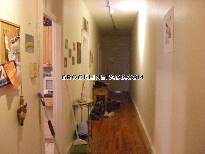 BROOKLINE- BOSTON UNIVERSITY - 3 Beds, 1 Bath - Image 6