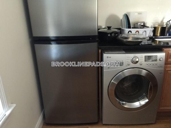 Brookline Apartment for rent 2 Bedrooms 1 Bath  Boston University - $2,295