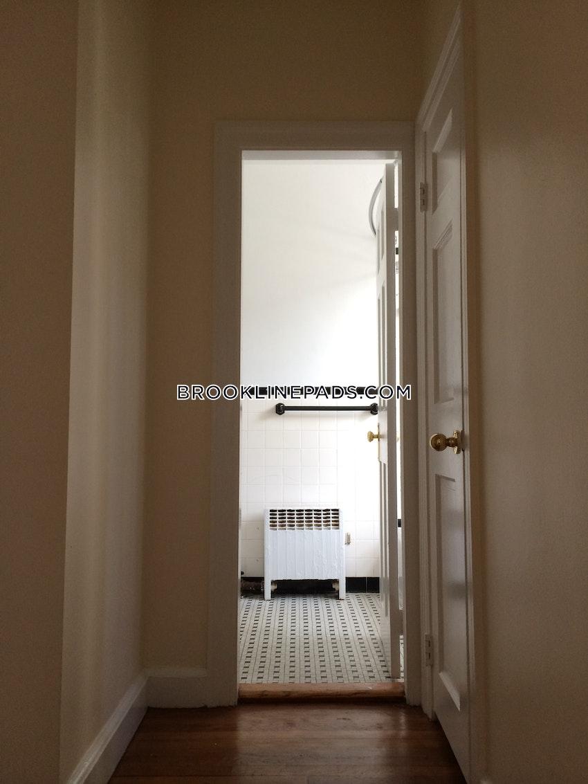 BROOKLINE- COOLIDGE CORNER - 1 Bed, 1 Bath - Image 10