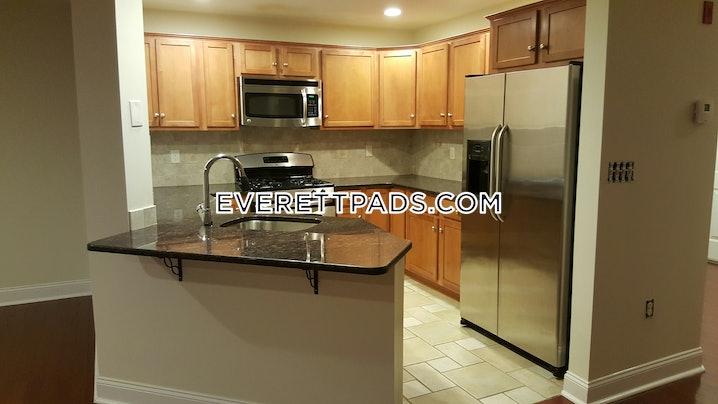 Everett - 2 Beds, 2.5 Baths - $4,300